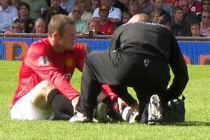 Stress fracture foot problems often affect footballers
