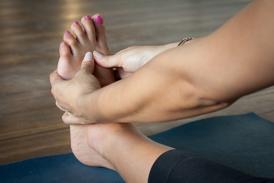 Reflexology is becoming increasing popular as you can learn to do it to yourself to relieve pain and stress. image source https://bit.ly/2N3ckgL