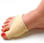 Bunion pads help reduce friction over the toes making them a useful bunions treatment in the early stages of the condition