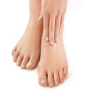 Extensor tendonitis usually causes pain across the top of the foot