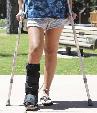 Recovering From Posterior Tibial Tendon Dysfunction Surgery: Walking Boot and Crutches
