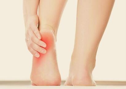 Heel Pain Causes, Symptoms, Diagnosis & Treatment