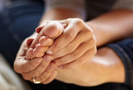 Toe Joint Pain: Common Causes, Symptoms, Diagnosis and Treatment Options